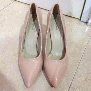 Heels Brand Something Borrowed/ Nude pink Size 41 / Zalora