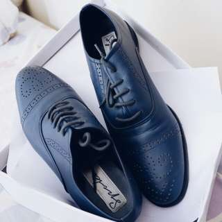 Oxford Shoes semi brogues 99% condition