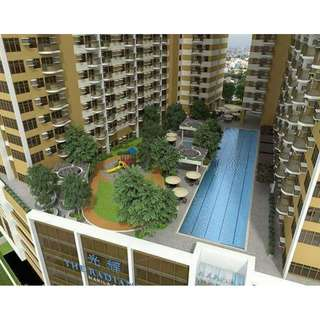 1 bedroom with balcony condominium in Roxas Blvd nr Mall of Asia. Rent to own