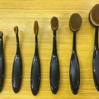 Oval Paddle Brush 6pcs Set