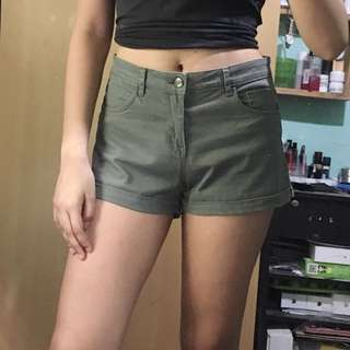 *repriced* H&M Midwaist Shorts