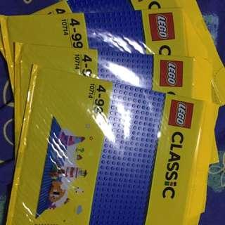 Lego blue plates