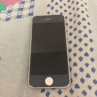 Apple iPhone 5 32GB Factory Unlocked (Silver)