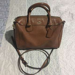 COACH LEATHER MINI BENETTE