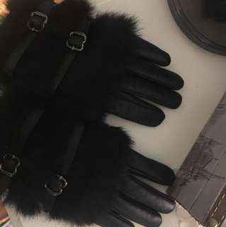 Rudsak leather rabbit fur gloves