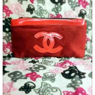 Chanel.全新.品牌.紅色化妝袋.情人節禮物.Chanel Gift Bag