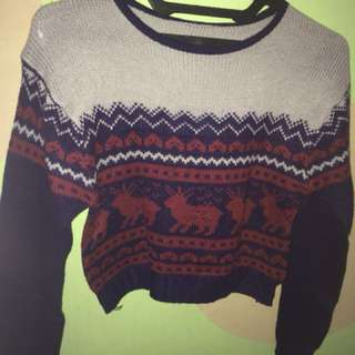 Sweater crop tribal