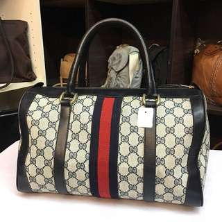 Authentic Gucci vintage speedy 32