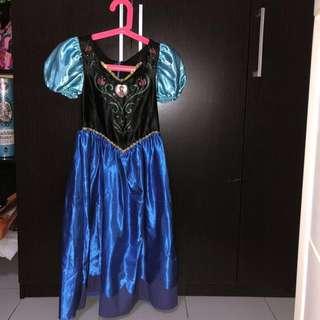 Princess Anna dress frozen