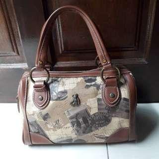 Authentic Teenie Weenie Bear Handbag