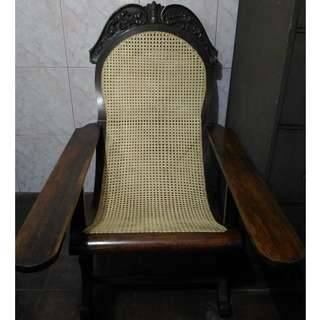Antique BUTACA chair