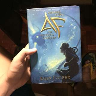 ARTEMIS FOWL - THE ATLANTIS COMPLEX (HARDBOUND)
