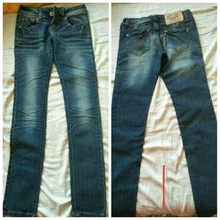 <代售>牛仔褲(有3款)