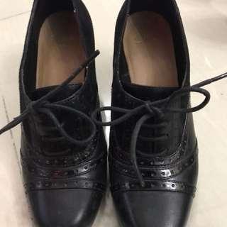 Clark's 女裝牛津鞋