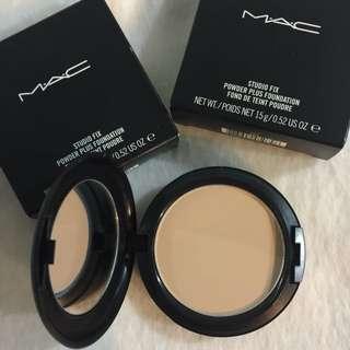 Mac powder plus foundation NC 25