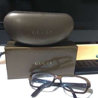 Gucci Glasses(brown color) free postage