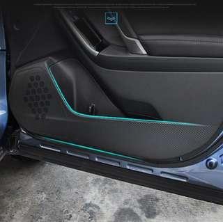 "Subaru Forester 13-17 Door Protective ""Carbon Fibre"" Film"