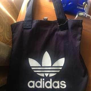 Adidas手挽袋