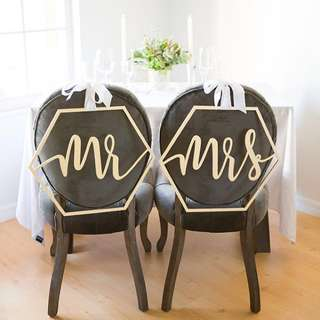MR & MRS chair decoration (GOLD)