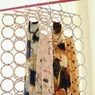 Gantungan Selendang Syal Hijab Jilbab Kerudung, Hanger 28 Ring
