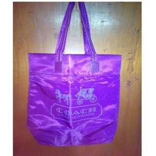 100% New Coach 紫色/桃紅色側揹袋馬車圖案未剪牌 (專櫃贈品) VIP Gift only