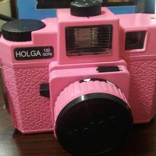 🚚 已絕版懷舊holga 120GCFN玻璃鏡頭彩閃光粉紅底片相機