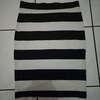 Black Striped Bodycon Skirt (Forever 21)