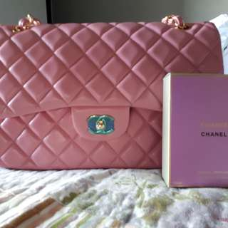 Extremely Rare Chanel Jumbo classic flap in Pink Poudre lambskin GHW