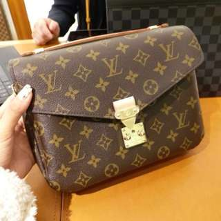 LV 郵差包 Metis Bag 💼