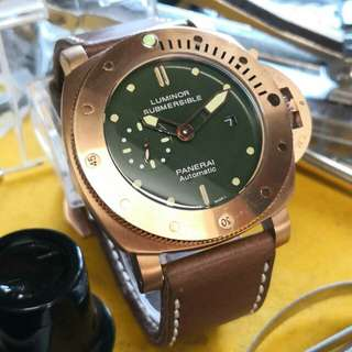 LUMINOR PANERAI ( SUBMERSIBLE )