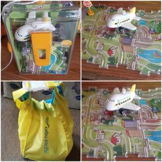 Cebu pacific wind up toy and water resists bag