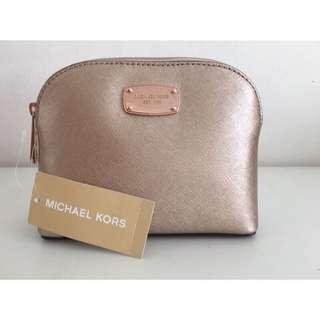 🚚 Michael Kors 香檳金化妝包