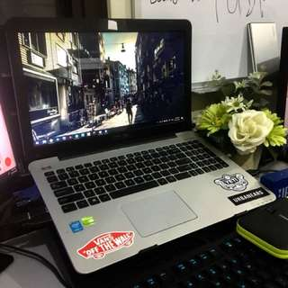 LAPTOP ASUS I7 X555L 940m nvidia 8gb