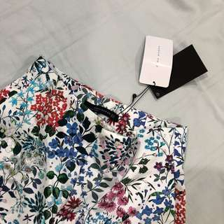 Zara woman floral shorts (BNWT)