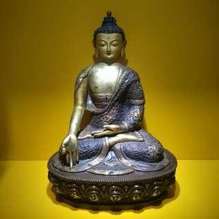 Ratnasambhava Buddha statue 宝生佛