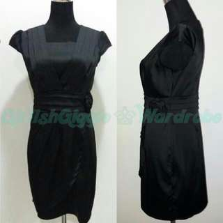 DRESS / SELL @ RENT