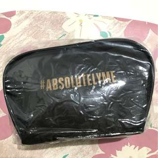 Lakme Absolutely me cosmetic pouch