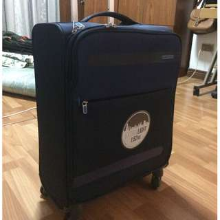 AMERICAN TOURISTER Herolite Spinner (4 wheels) Navy