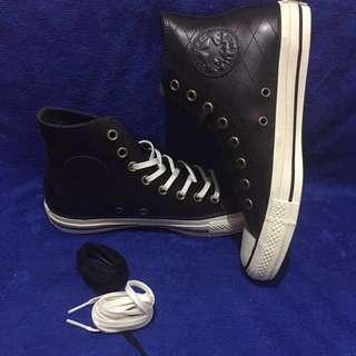 🚚 Converse(ALL⭐️STAR)真皮高筒鞋-全黑