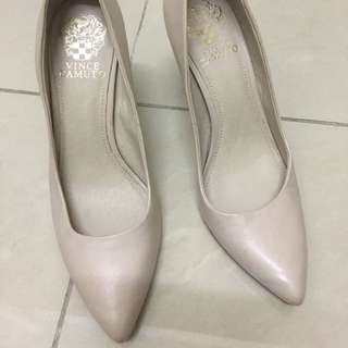 Authentic Vince Camuto pumps size 7.5