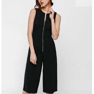 Looking for Joldea Zipper Midi Jumpsuit size M