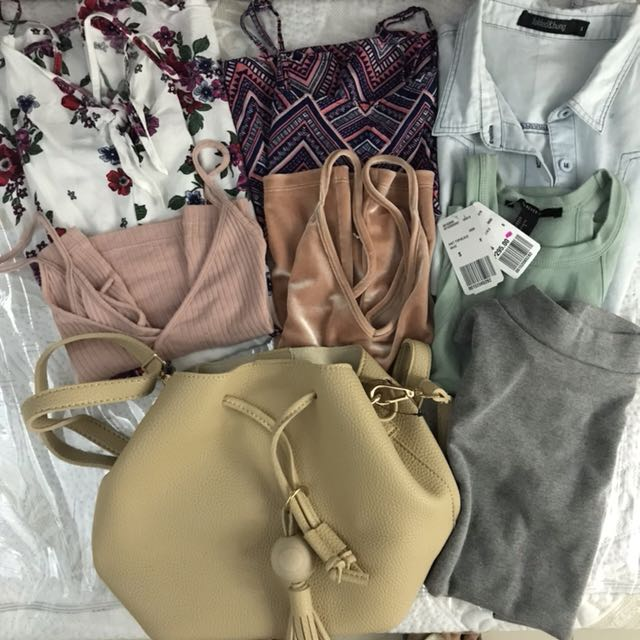 7 TOPS AND 1 BAG (FREE SF)