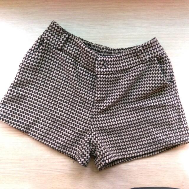 千鳥紋毛呢短褲