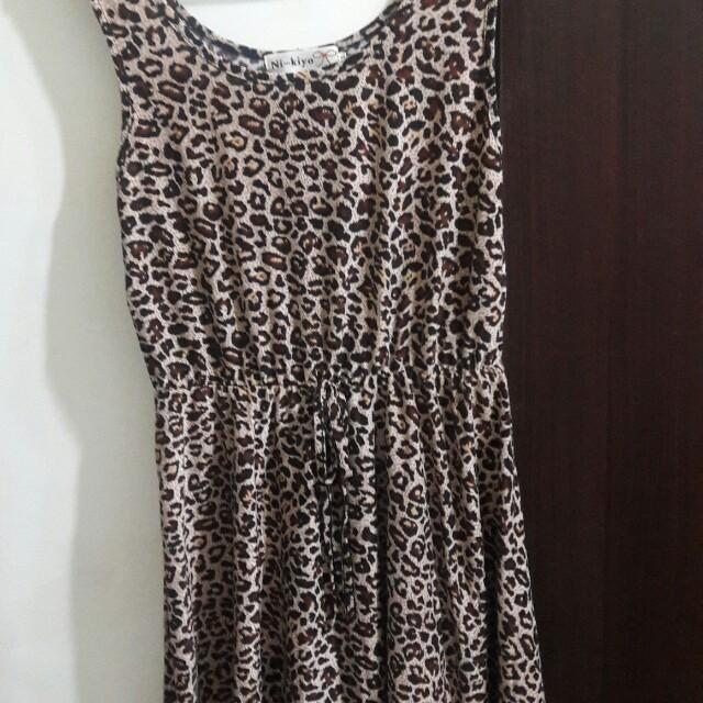 豹紋假綁帶腰鬆緊傘狀洋裝
