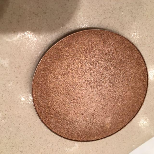 ABH Glowkit Bronze Shade