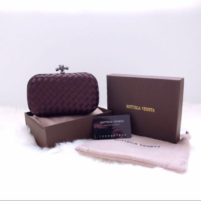 Bottega small clutch