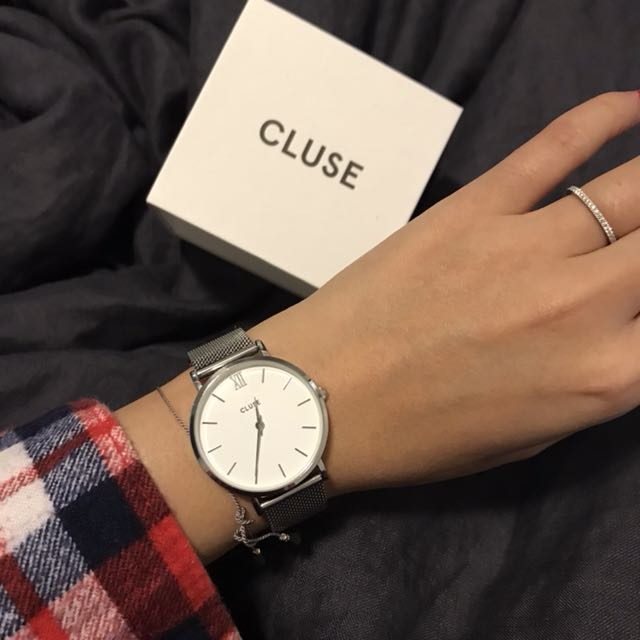 "Cluse ""MINUIT"" mesh, silver and white watch"