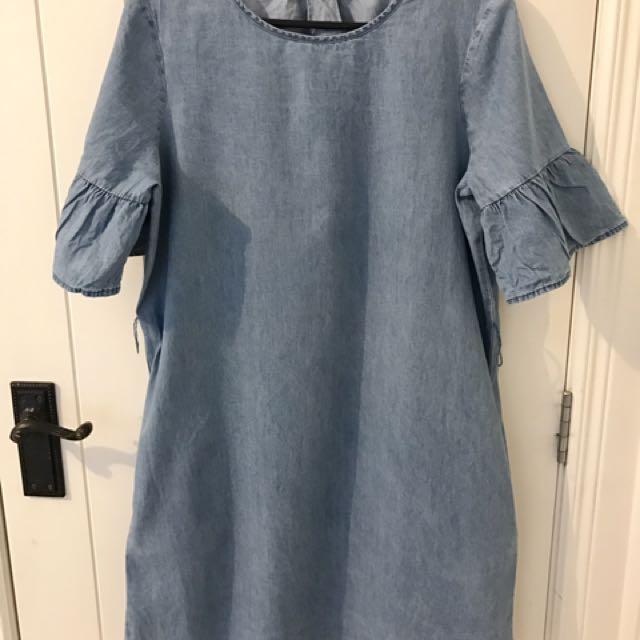 Cotton on denim bell sleeves dress