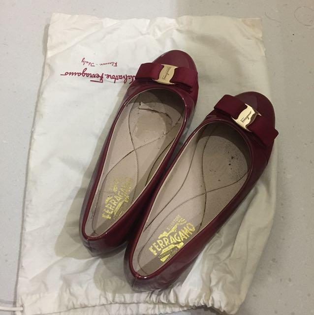 Ferragamo Shoes Maroon