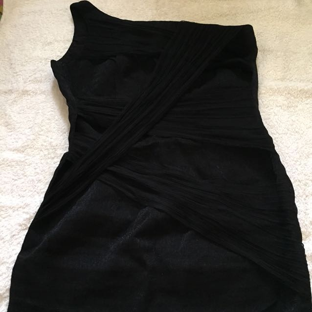 Folded and Hung Venus cut dress